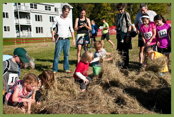 kids-hay-bale-treasure-hunt-vermont-50-race